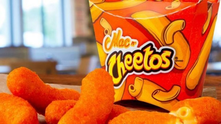 Burger King – Mac n' Cheetos
